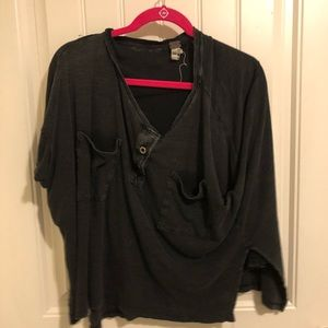 Black Slouch fit mid sleeve sweater